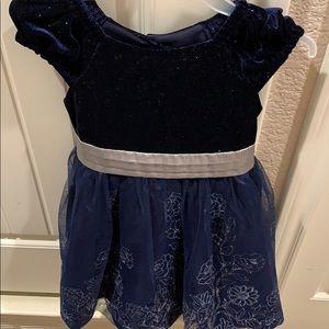 Sparkly blue dress (girl) size 5